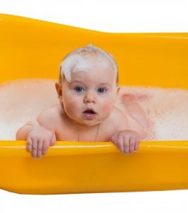 Baby bath with foam washes