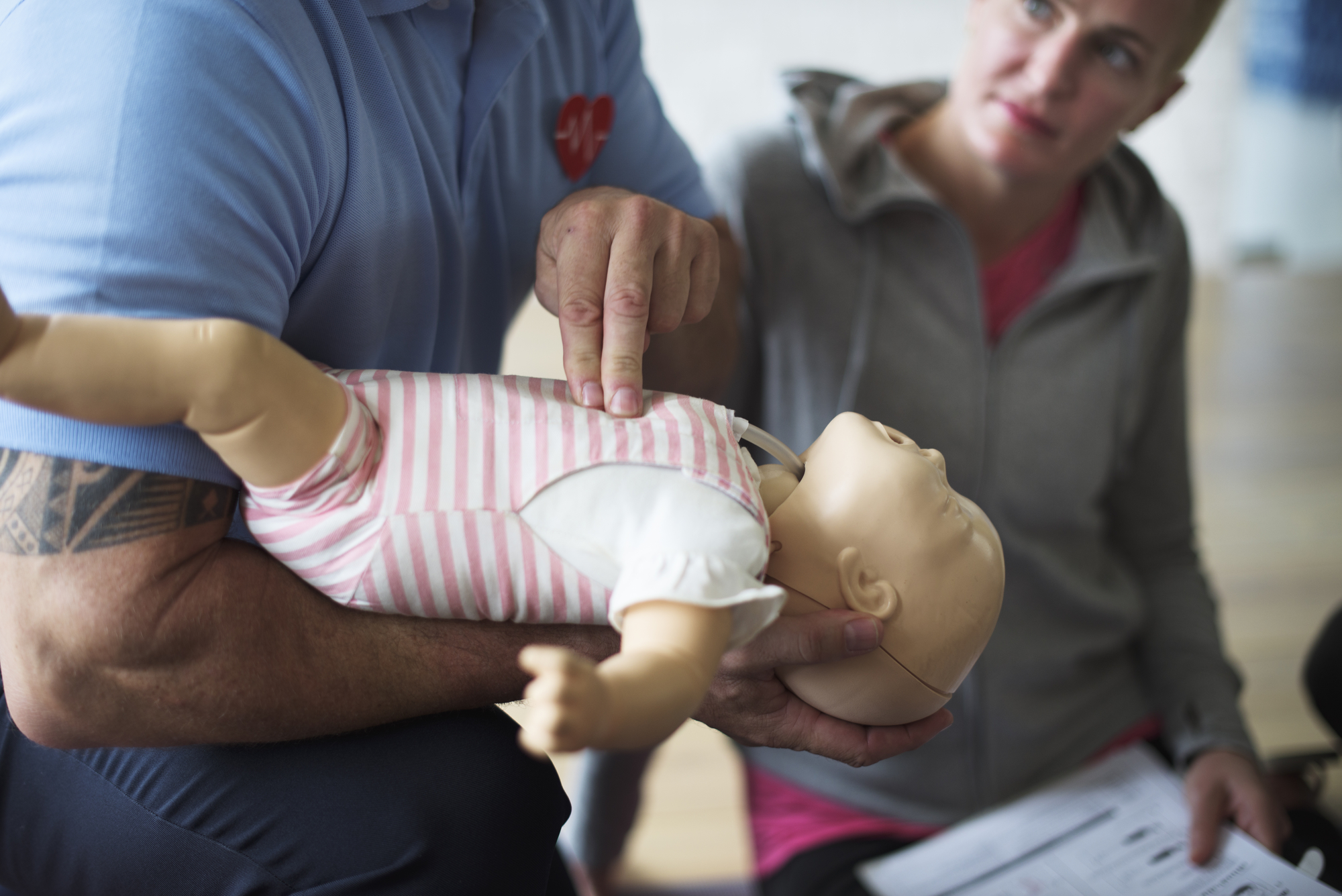 Why doing first aid training with a paramedic makes a difference / First Aid Training / Kids First Aid